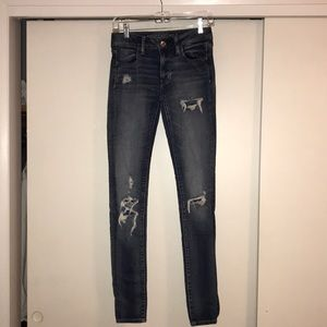 American Eagle X-Long size 4 jeans